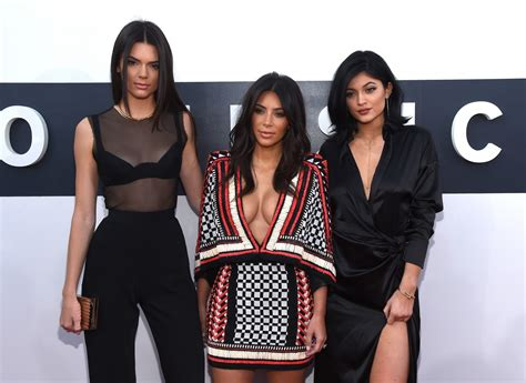 kendall jenner banned her kardashian sisters from kim kardashian sex tape tv star warns half sisters