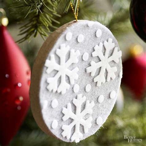 ornaments with felt ornaments