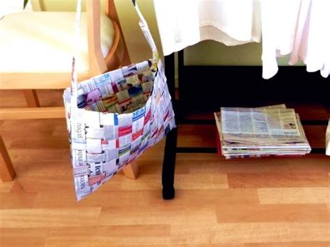 How To Make A Purse Out Of Paper - woven newspaper bag make an easy paper bag