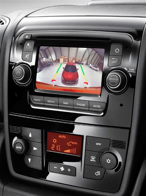 Citroen Relay Interior by New Citroen Relay Draws A Crowd At Cv Show Launch Page 3