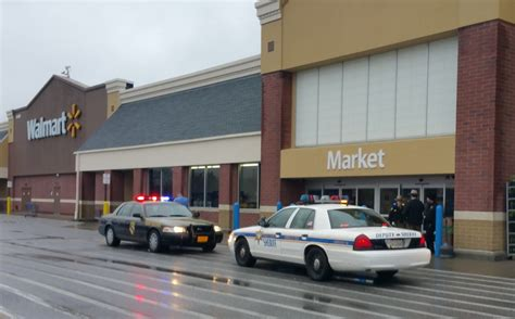 what time is walmart closing for breaking news california walmart closed for bomb threat
