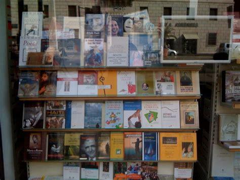 libreria coletti via della conciliazione viii edizione libro in inglese a poured out for
