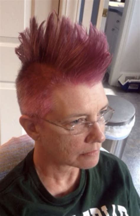 pre chemo mohawk brave mom asks daughter for a funky pink hairdo before
