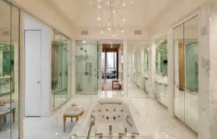 million dollar bathrooms this 7 9 million dollar manhattan penthouse has quite the