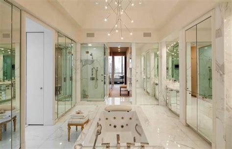 2 million dollar bathtub this 7 9 million dollar manhattan penthouse has quite the