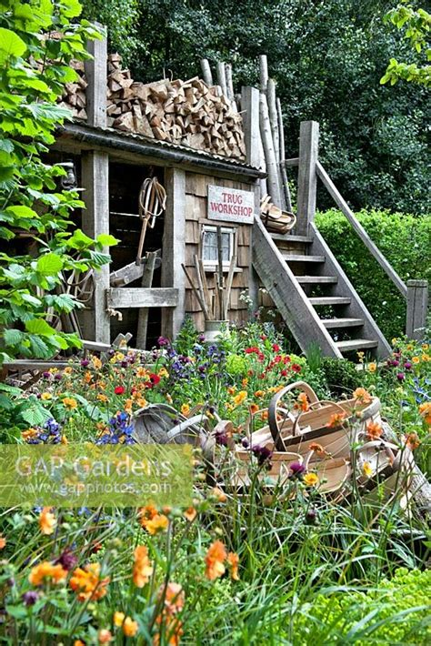 Traditional Cottage Garden Flowers Gap Gardens A Trugmaker S Garden Traditional Timber Workshop And Cottage Garden Plants