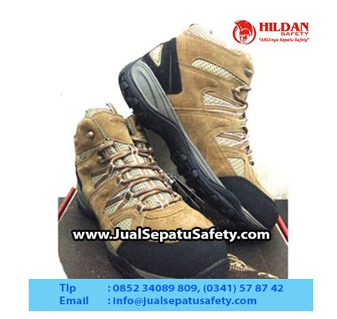 Sepatu Spesial Sepatu Kickers Safety Boot Coklat Brown harga sepatu delta tactical boots 8 1 termurah