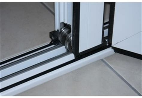 Low Threshold Patio Doors Folding Doors 2 U Visofold 1000 Aluminium Bifold Door Threshold Options