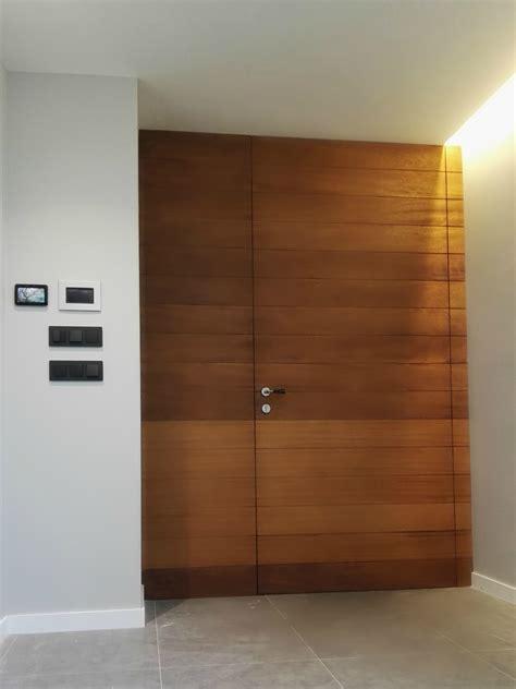 puerta de entrada madera puerta de entrada en madera puertas coru 241 a vetta grupo
