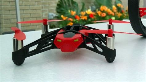 Parrot Mini Drone Rolling Spider on with parrot mini drones