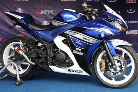 Spion Yamaha R 25 Original Yamaha Indonesia yamaha r25 spl edition launched with race exhaust indonesia