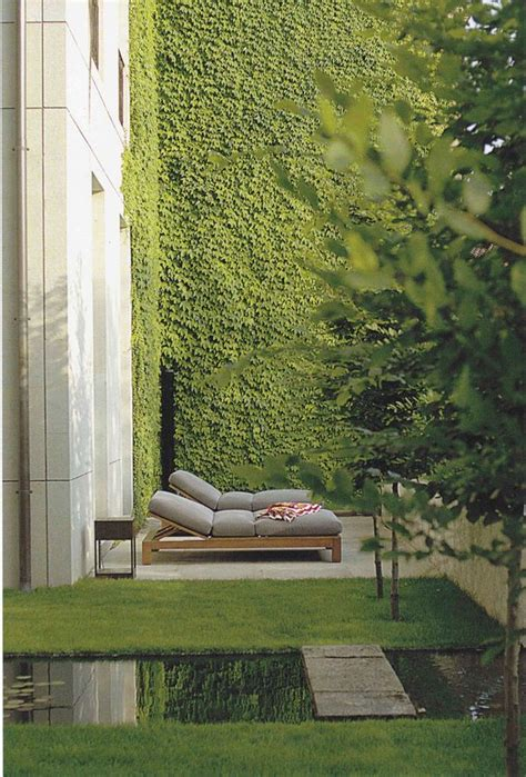 Green Walls Vertical Gardens On Pinterest Green Walls Gardens Walls
