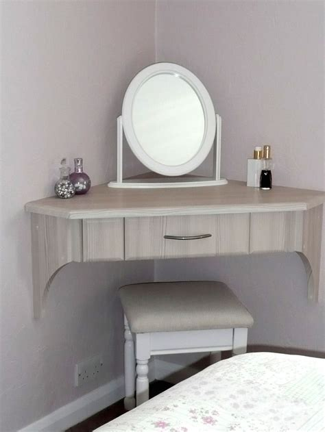 25 best ideas about dressing table modern on pinterest the best corner dressing table ideas pinterest diy makeup
