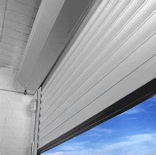 porte de garage sectionnelle ou enroulable porte de garage sectionnelle ou enroulable isolation id 233 es
