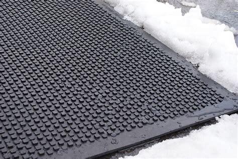Snow Melt Mats by Heavy Duty Heated Walkway Mats Industrial Snow Melting Mats