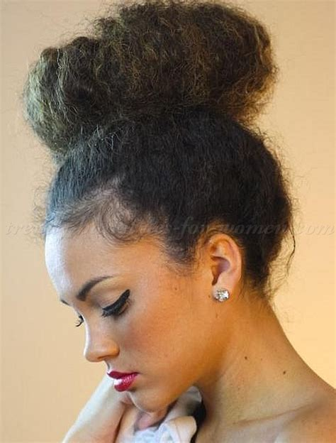 best hair style for kinky hair plus woman over 50 natural curly hairstyles top knot hairstyle for afro