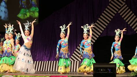 hmong minnesota new year hmong mn new year 11 28 2015 2016 contest group1