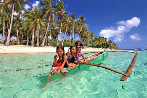 best look in summer of filipinos 10 reasons why you should travel to the philippines