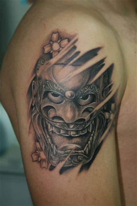 tattoo oriental hombro amor de madre portada
