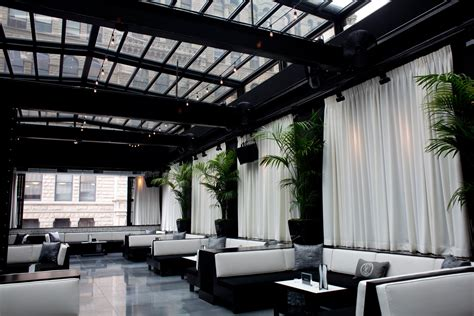 top rooftop bars in chicago the alfresco guide to chicago top 10 rooftop bars page 1