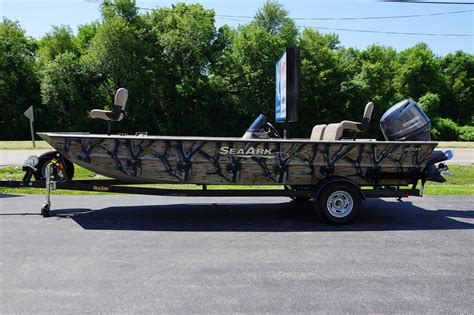 used boats sc seaark new and used boats for sale in sc