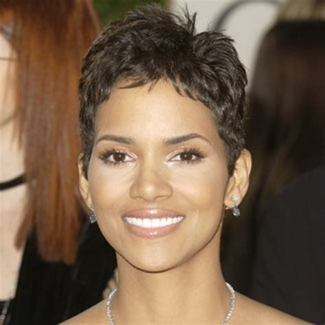 how to get halle berrys pixie cut halle berry short haircut