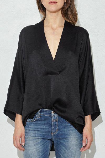 sy vita kimono black pebbled silk kimono top silk blouses
