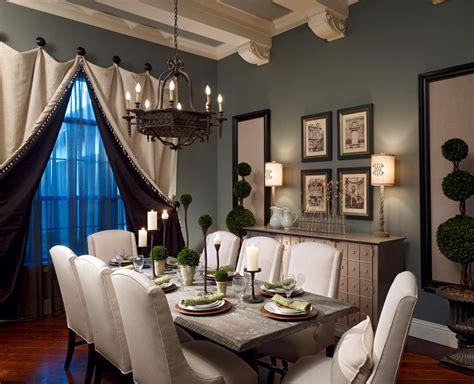 reasons   likes  mediterranean dining room