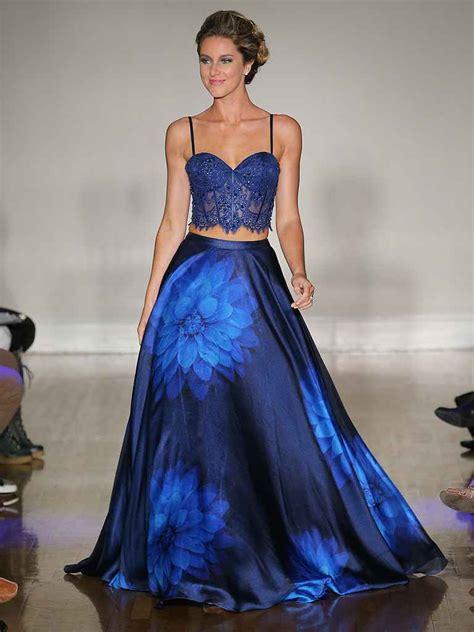 hochzeitskleid in blau 20 dreamy blue wedding gowns