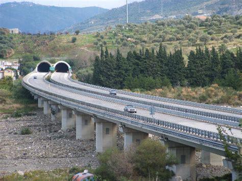 cas sicilia una spa alla guida delle autostrade della sicilia