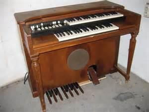 Hammond organ price list http en audiofanzine com organ hammond m2