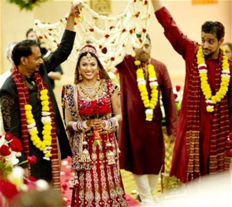 Wedding In India by Wedding Traditions In India Traditional Indian Weddings