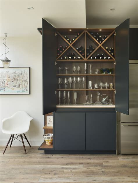 25  best ideas about Drinks cabinet on Pinterest   Modern