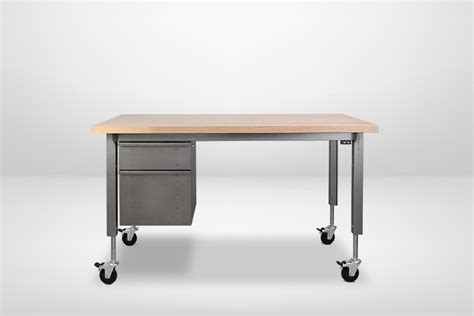 hydraulic standing desk what are the differences between hydraulic desks and electric standing desks formaspace