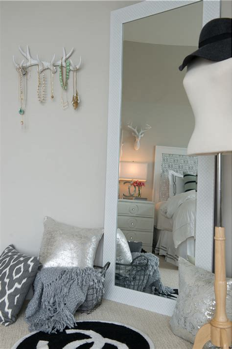 paint colors for jewelry stores family home with neutral interiors home bunch