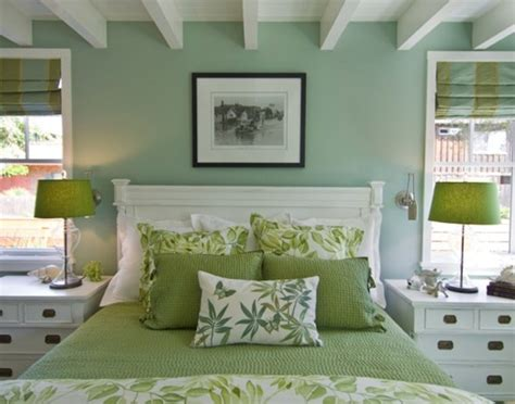 modern paint colors for small spaces 10 dormitorios de pareja decorados en verde y blanco