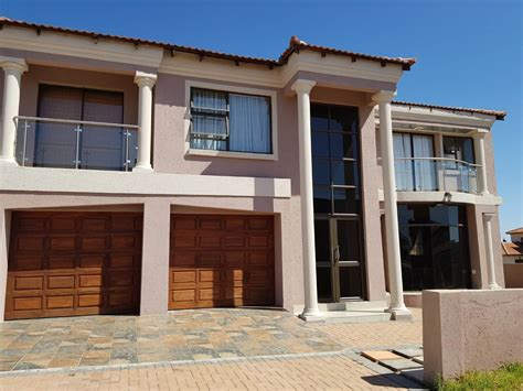 5 bedroom house for sale house for sale in bendor polokwane pietersburg for r 2 600 000 1053704