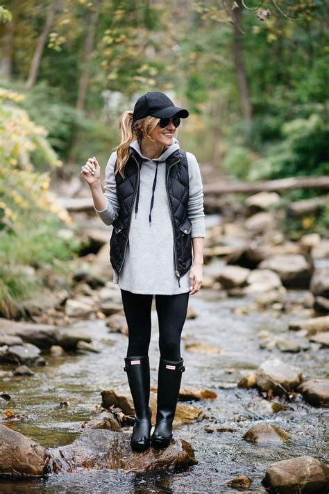 7 Ideas To Convert Summer Clothes To Fall by 25 Best Ideas About Boots And On