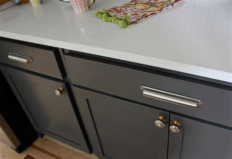 knobs kitchen cabinets choose best cabinet pulls for your kitchen cabinet pulls