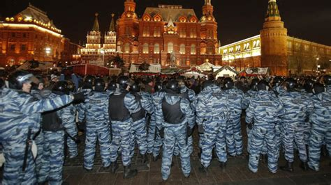 color revolutions security experts shape russian strategy to counter color