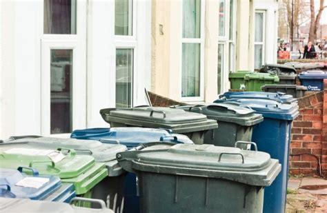 amministratore condominio interno bidoni per la differenziata all interno degli spazi