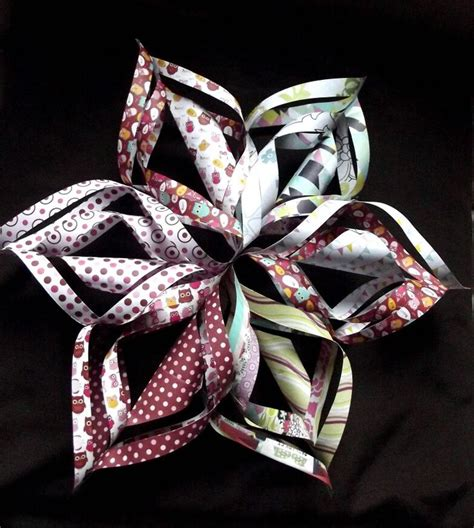 Folded Paper Snowflakes - folded paper snowflake folding paper