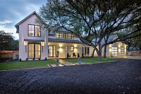 modern farmhouse exterior farmhouse with gravel driveway modern farmhouse decorating ideas exterior farmhouse with