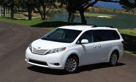 toyota sienna review ratings specs prices    car connection