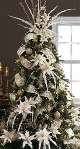 white and silver tree decorating ideas