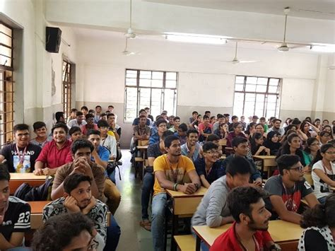 Seminar Topics For Mba Students by Seminar On Mba As A Career Option Endeavor Careers