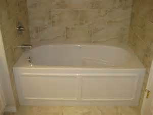 Alcove acrylic tub measures 60 x32 this curved double curtain