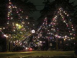 what are the dates for christmas tree lane in fresno tree