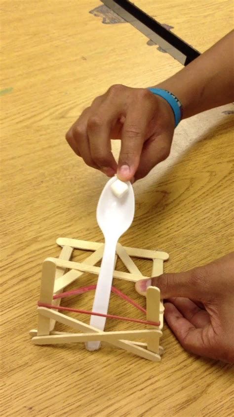 How To Make A Catapult Out Of Paper - 17 best images about catapult on