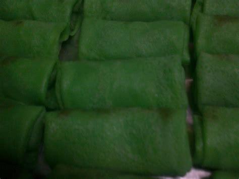 dadar gulung enten enten  toko kue basah